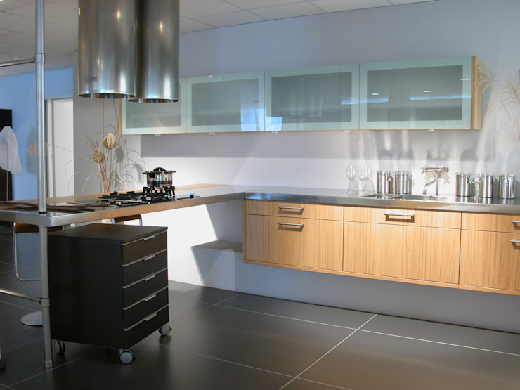 Moderne Möbel Moderne Küchen von Wagner Möbel Manufaktur GmbH & Co. KG Modern