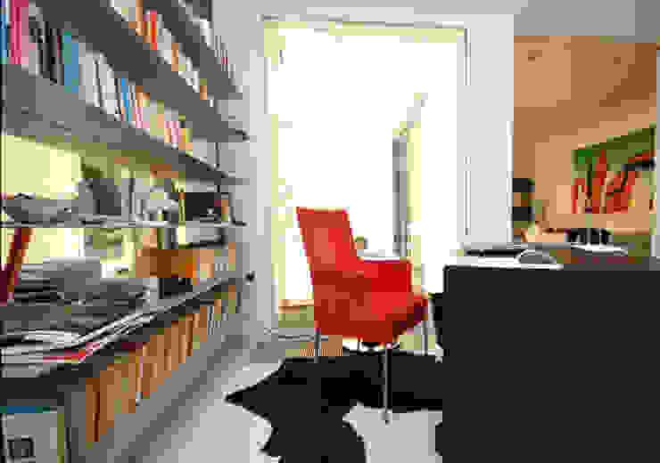 Arbeitszimmer Berlin-Zehlendorf Moderne Arbeitszimmer von RAUMAX GmbH Modern
