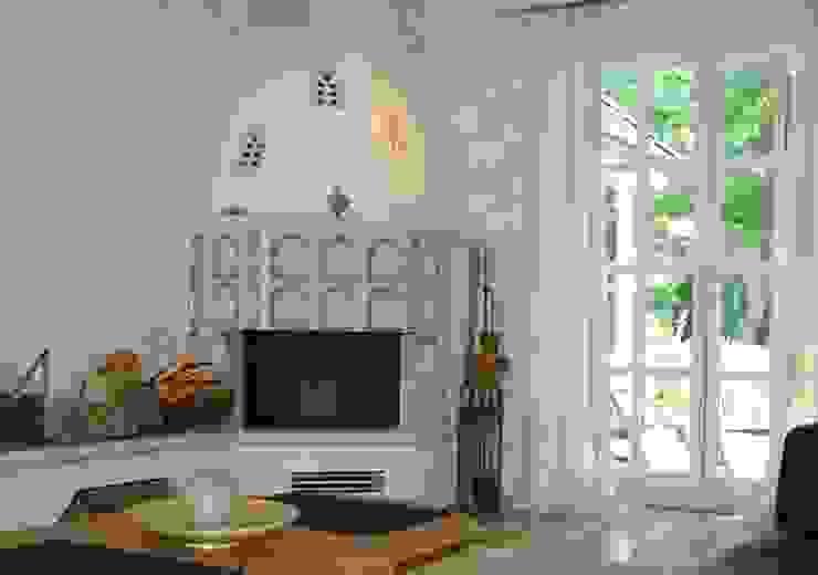 Einfamilienhaus Mühlenbeck Wohnzimmer im Landhausstil von RAUMAX GmbH Landhaus