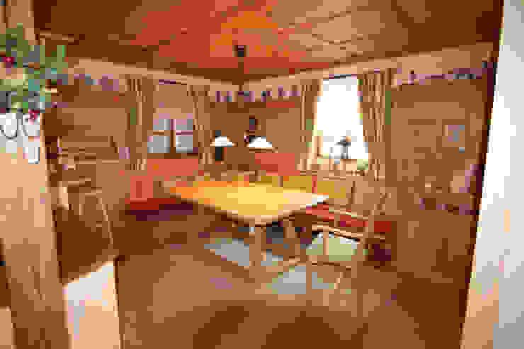Möbel im Landhausstil Esszimmer im Landhausstil von Wagner Möbel Manufaktur Landhaus