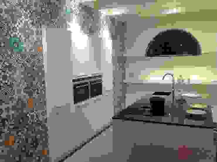 Cocinas de estilo  por Kolory Maroka,