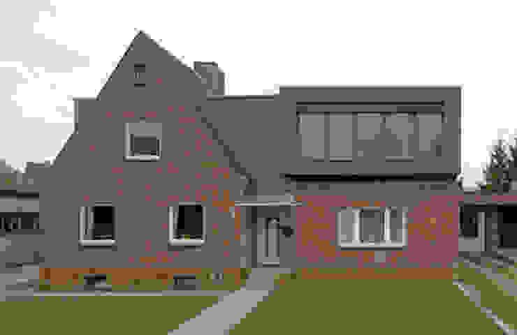 Casas de estilo clásico de andreas gehrke . architekt Clásico