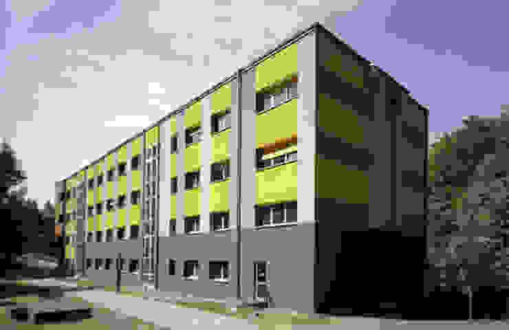 Fassadensanierung Haus 11 Häuser von andreas gehrke . architekt