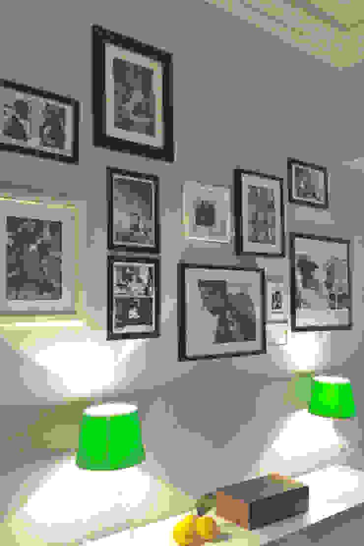 Appartment eines Modedesigners Flur, Diele & Treppenhaus von Phillys Interior Design