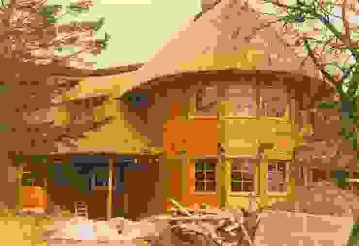 Reetdächer Häuser von Die Dachdecker Neumann GmbH