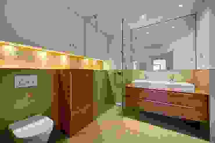 Badezimmer Klassische Badezimmer von baustudio kastl Klassisch
