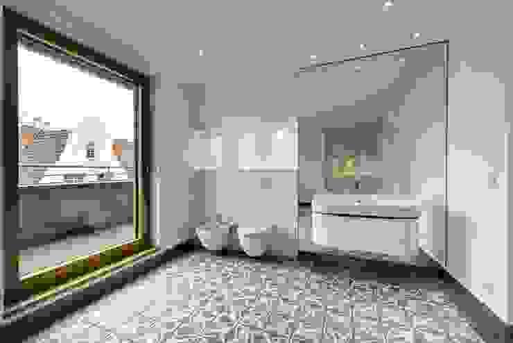 Badezimmer Moderne Badezimmer von baustudio kastl Modern