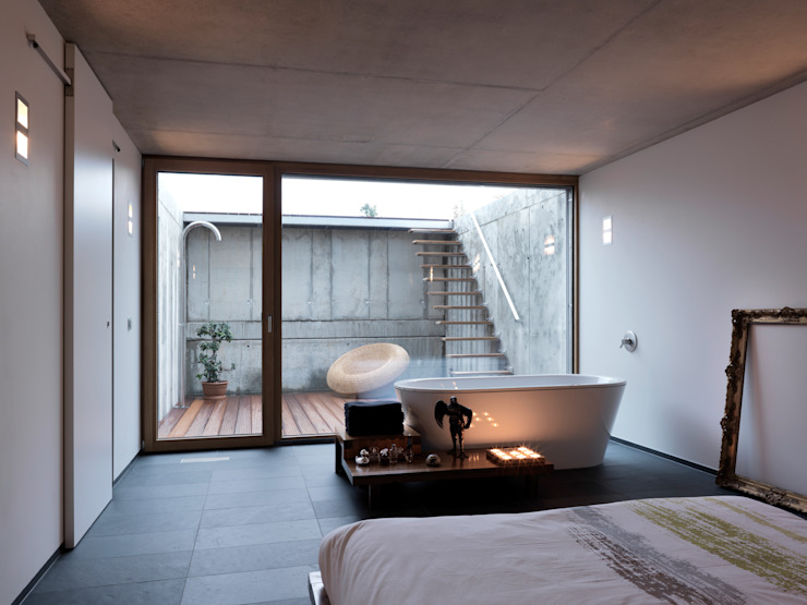 Martelange | Belgien LEICHT Küchen AG Moderne Badezimmer