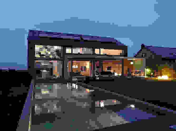 Martelange | Belgien LEICHT Küchen AG Moderne Häuser