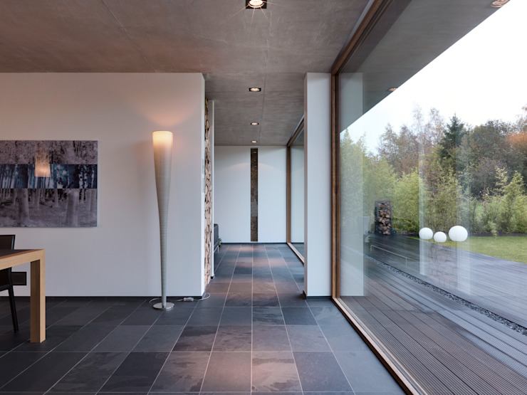 Martelange | Belgien LEICHT Küchen AG Moderner Flur, Diele & Treppenhaus