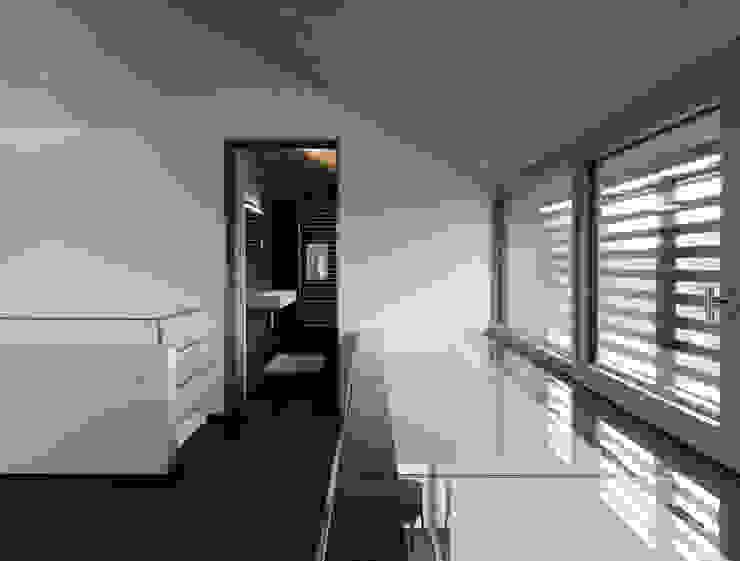 Martelange   Belgien Moderner Flur, Diele & Treppenhaus von LEICHT Küchen AG Modern