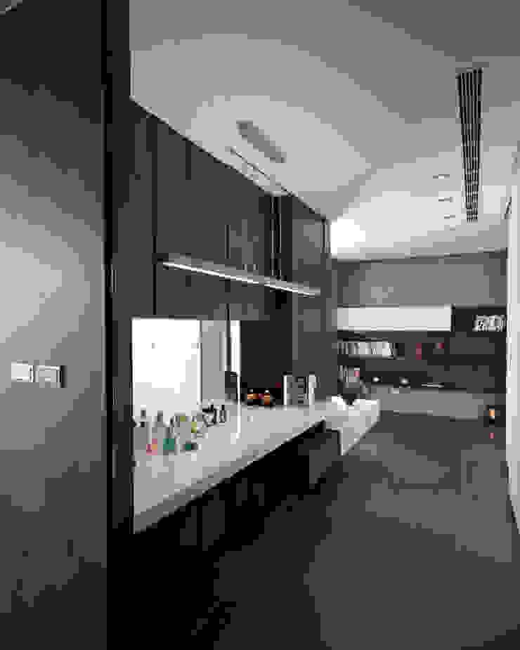 Kaohsiung City | Taiwan LEICHT Küchen AG Moderner Flur, Diele & Treppenhaus