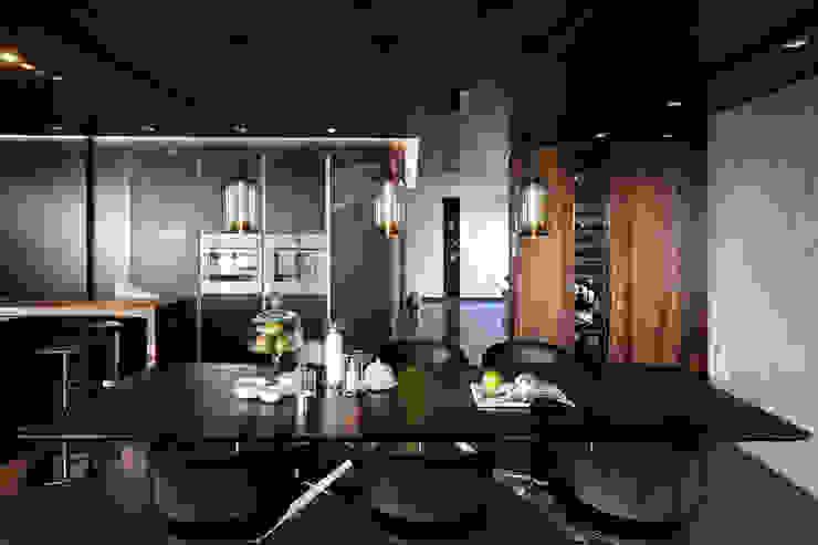 Ruang Makan oleh LEICHT Küchen AG,