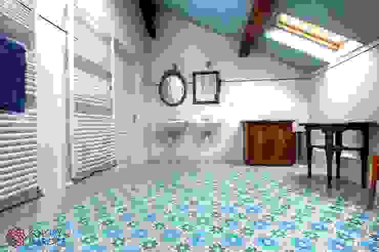 حمام تنفيذ Kolory Maroka,