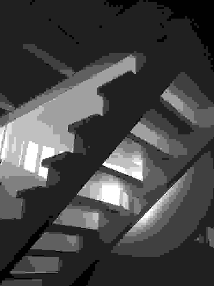 cordes architektur Country style corridor, hallway& stairs