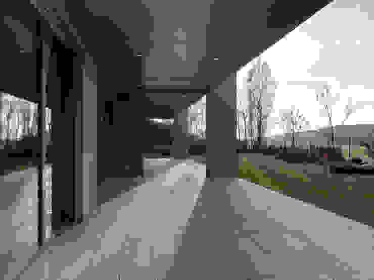 Hassel | Luxemburg LEICHT Küchen AG Moderner Balkon, Veranda & Terrasse