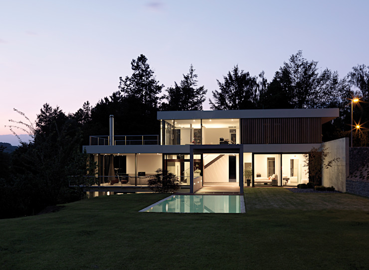 Casas de estilo moderno de LEICHT Küchen AG Moderno