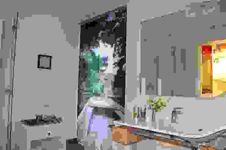 Fotovorhang für das Badezimmer: modern  von fotokasten GmbH,Modern