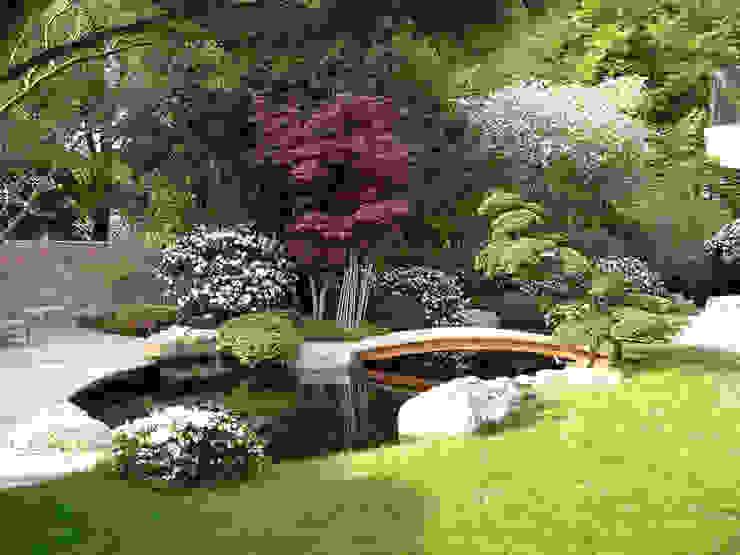 庭院 by Kirchner Garten & Teich GmbH, 現代風
