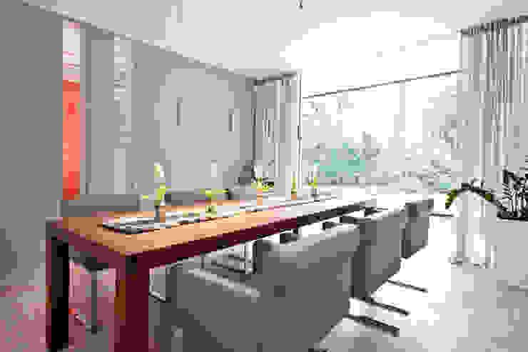 Salas de jantar modernas por schulz.rooms Moderno