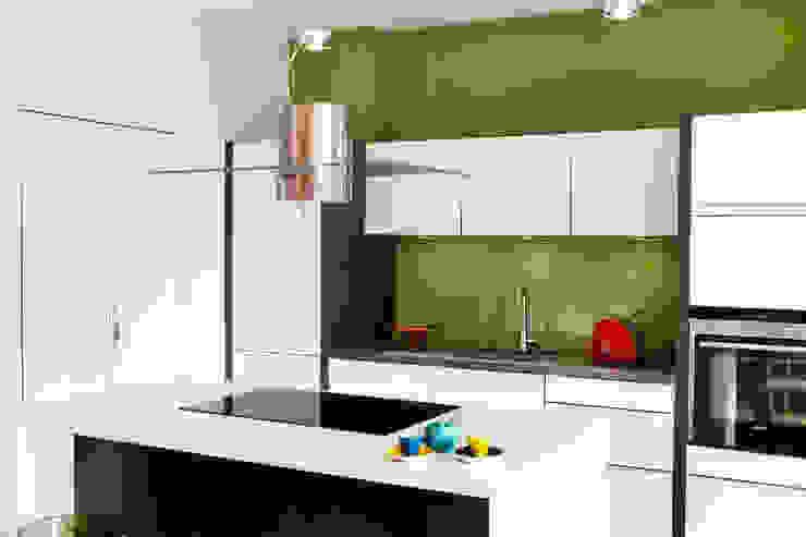 Cocinas de estilo moderno de schulz.rooms Moderno