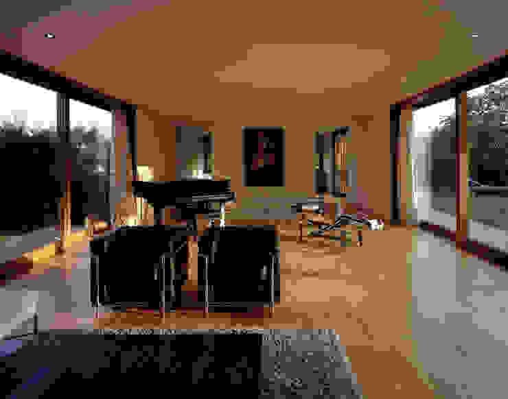Salones modernos de Architektur & Interior Design Moderno