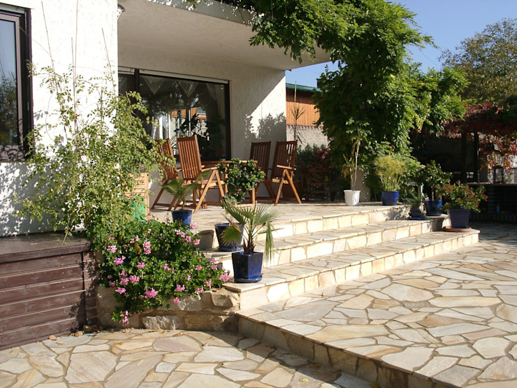 Mediterranean style garden by neuegaerten-gartenkunst Mediterranean