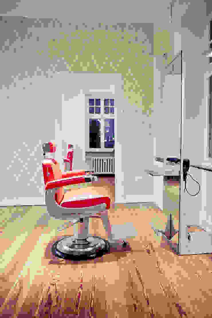 Espaços comerciais modernos por Tatjana von Braun Interiors Moderno
