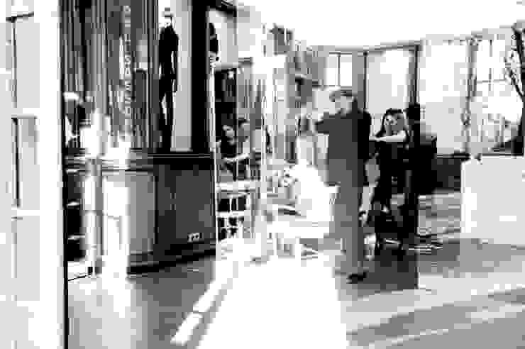 Espaços comerciais clássicos por Tatjana von Braun Interiors Clássico