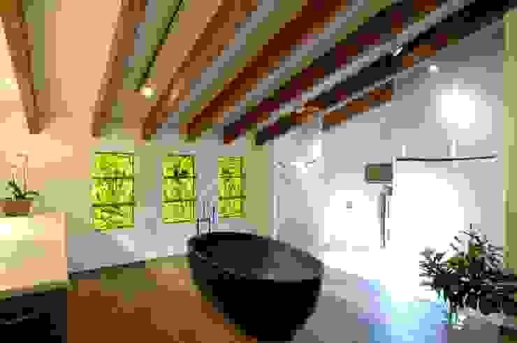 Phòng tắm by Bernhard Preis - Interior Design aus der Region Tegernsee