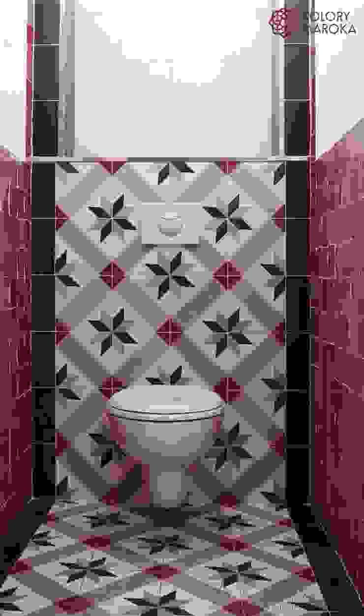 Aranżacje płytek cementowych w toaletach Śródziemnomorska łazienka od Kolory Maroka Śródziemnomorski