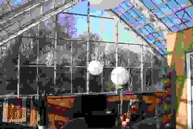 Haus im Glashaus, Nettetal Ausgefallene Wohnzimmer von Klaus Schmitz-Becker Architekt Ausgefallen