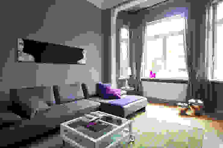 Altbauwohnung Bremen Klassische Wohnzimmer von schulz.rooms Klassisch