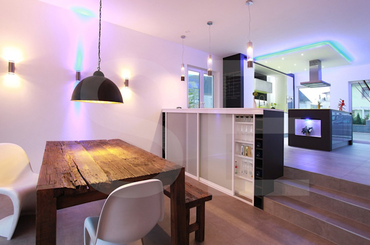 Modern dining room by styleElements Modern
