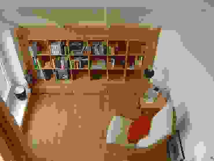 Salas de estar mediterrâneas por made by S / creativport hamburg Mediterrâneo