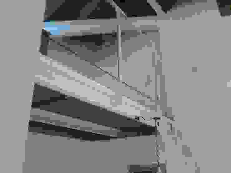 Salas de estar modernas por Chdarquitectura Moderno
