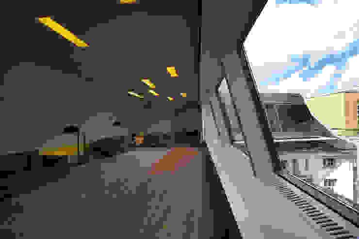 Salones de estilo clásico de a-base I büro für architektur Clásico