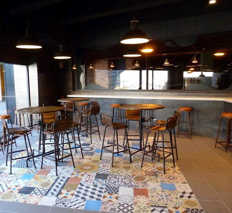 Patchwork en espacios publicos de Crafted Tiles Rural