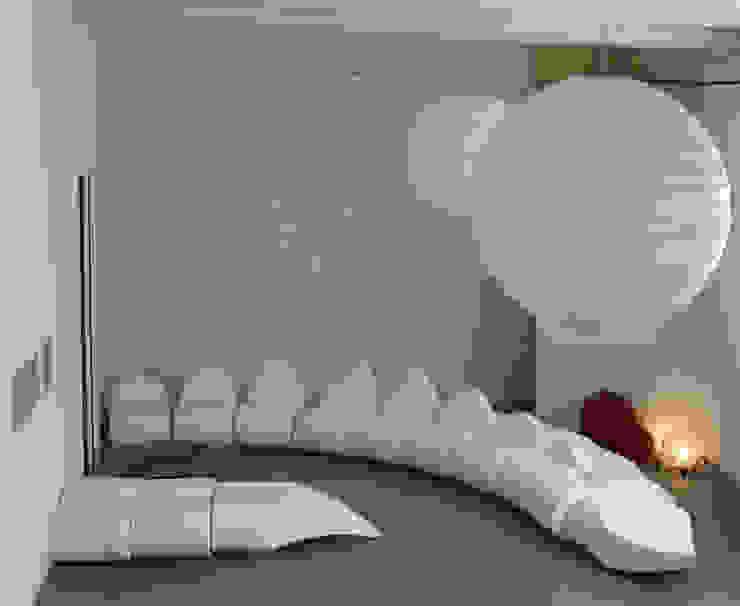 dino sofa di Central Unit Design Moderno