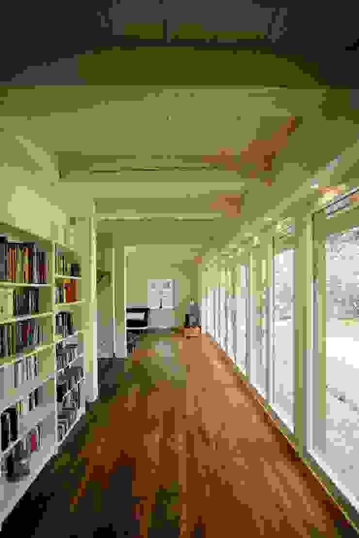 by Architektur- und Innenarchitekturbüro Bernd Lietzke Modern