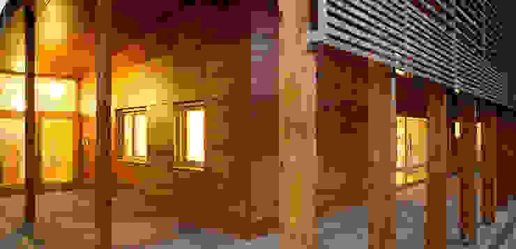 Eingangssituation Moderne Schulen von A-Z Architekten Modern
