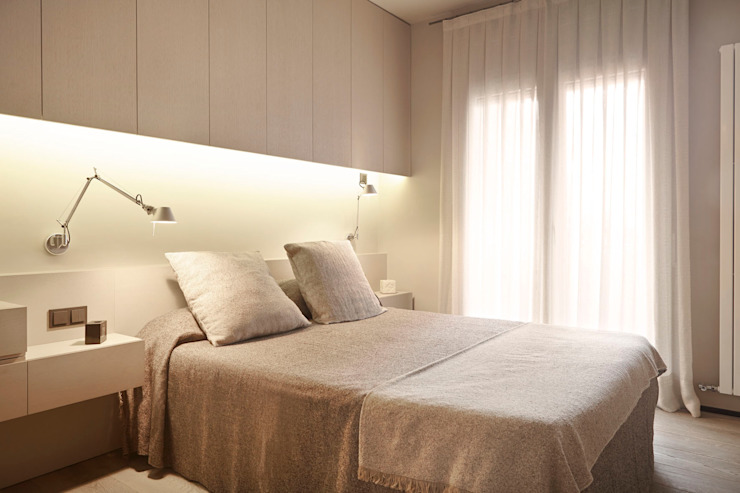 Modern style bedroom by Coblonal Arquitectura Modern