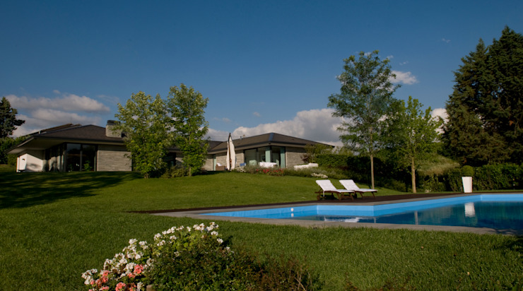 Modern Houses by Arch. Donato Panarese Modern