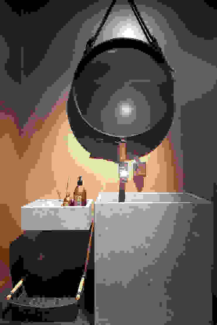 Scandinavian style bathroom by Coblonal Arquitectura Scandinavian