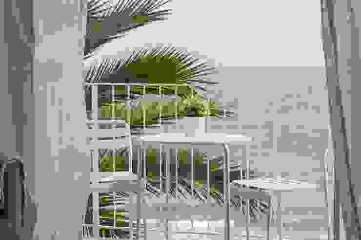 Terrace by homify, Mediterranean