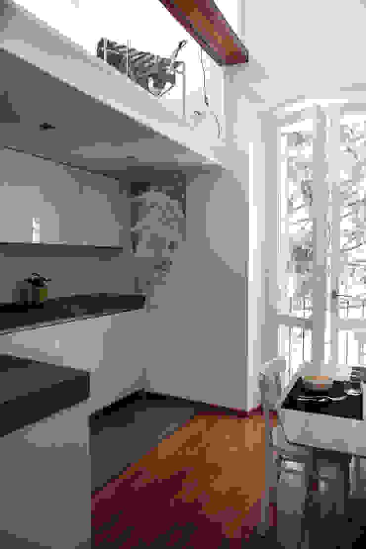 Keuken van écru architetti