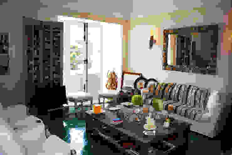 Salones de estilo mediterráneo de homify Mediterráneo