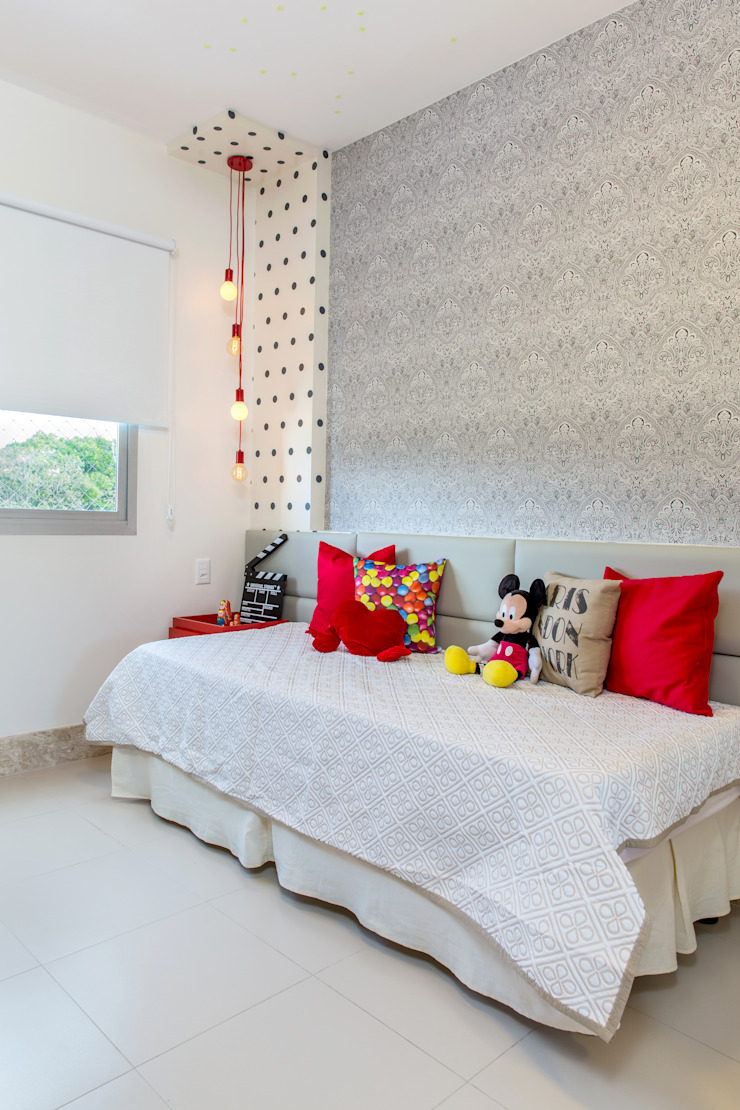 Milla Holtz & Bruno Sgrillo Arquitetura Modern style bedroom
