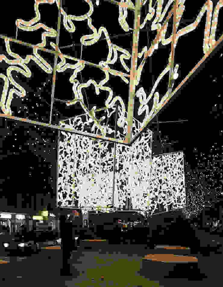 Christmas lights Berlin de Brut Deluxe Architecture + Design