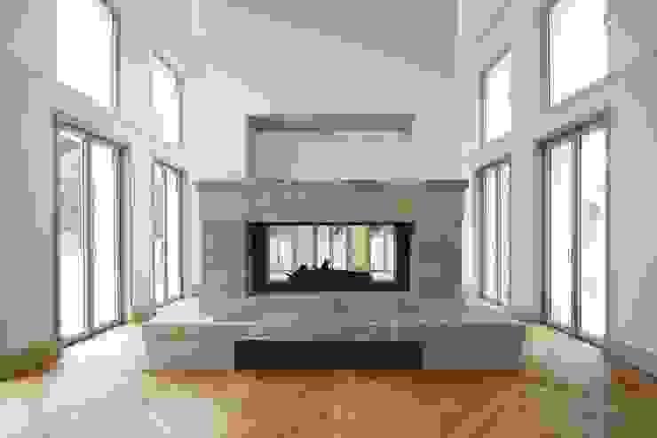Bellevue zum Schloss - Villa mit Seitenflügeln und Hof Klassische Wohnzimmer von CG VOGEL ARCHITEKTEN Klassisch